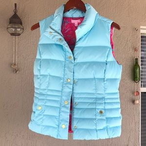 Lilly Pulitzer Isabelle puffer vest. Light blue.